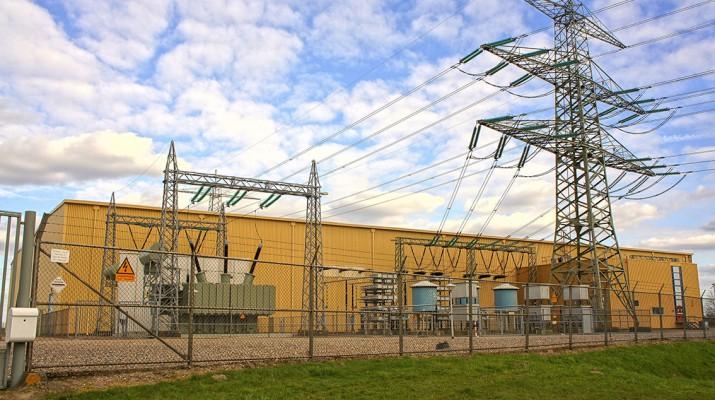 electric_current_highvoltage_line_energy